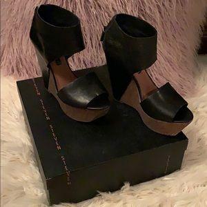 Steve Madden black wedge sandals